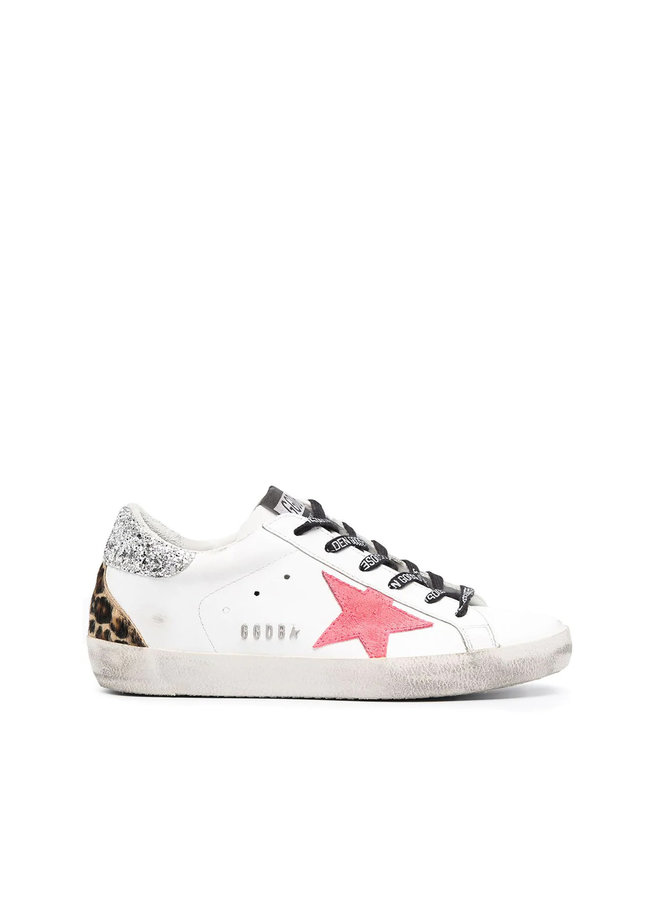 Superstar Low Top Sneakers in Leather in White/Pink
