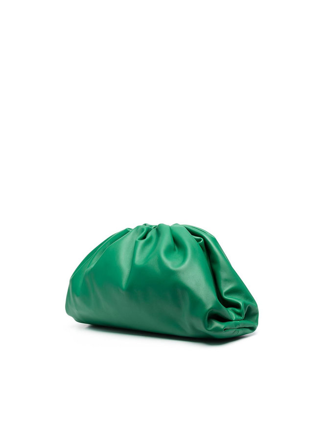 The Pouch Large Clutch Bag in Leather in Racing Green