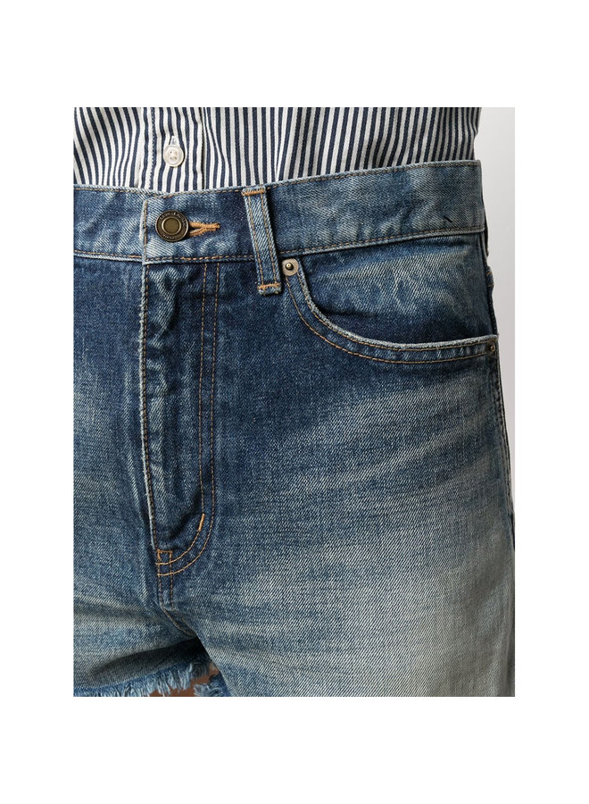 Mid Rise Shorts in Denim in Blue