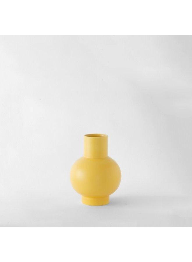 Nicholai Wiig-Hansen Strøm Small Vase in Freesia