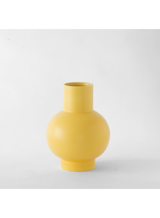 Nicholai Wiig-Hansen Strøm Large Vase in Freesia