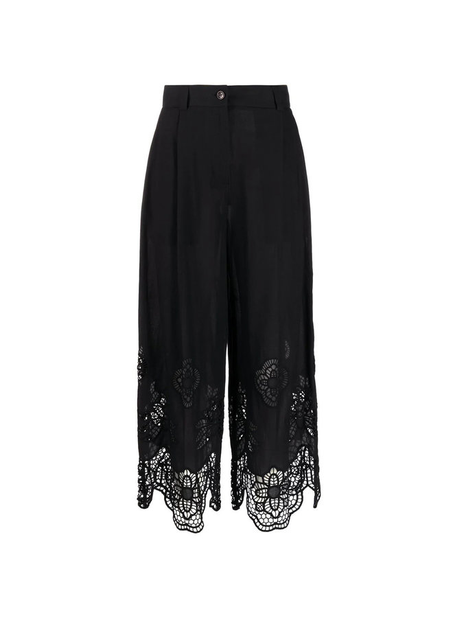 Cropped Pants with Lace Details