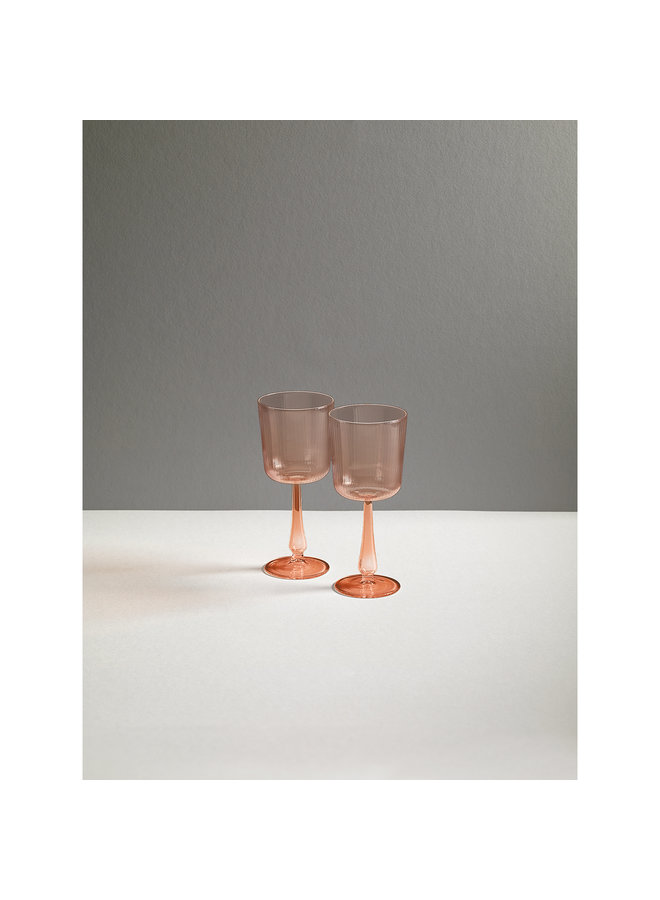 Luisa Tinto Calice Glassware in Cameo Pink