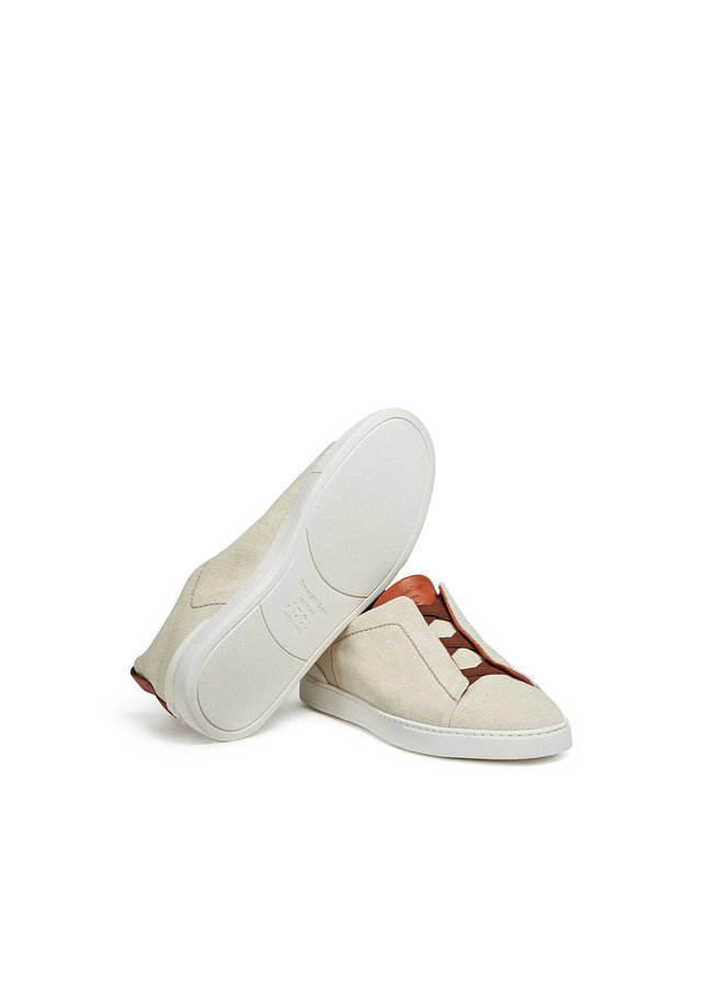 Triple Stitch EZ Couture XXX Low Top Sneakers in Dust White