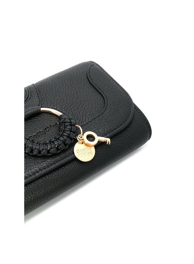 Hana Chain Wallet in Leather in Black