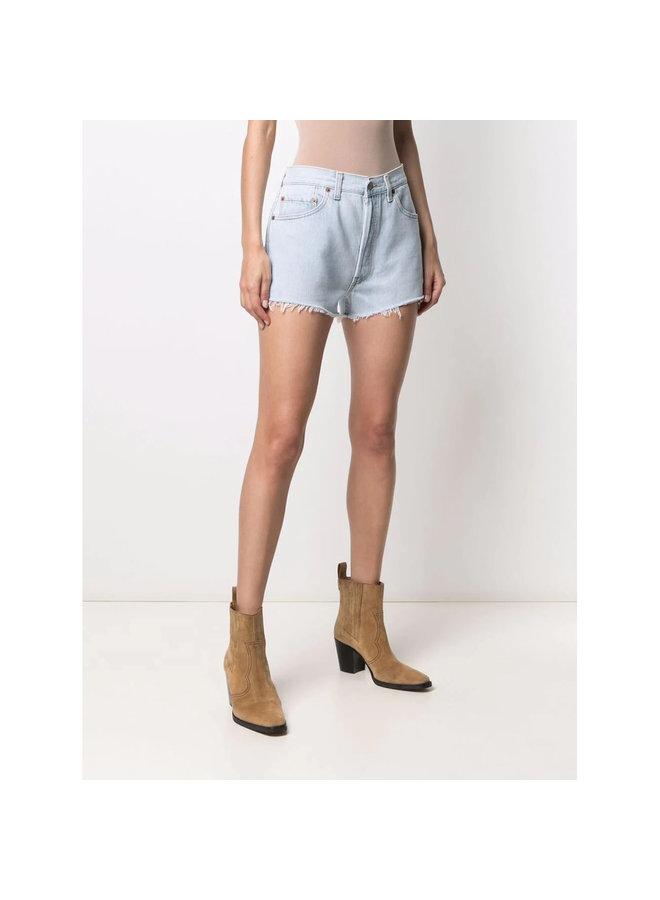 Shorts in Faded Denim in Indigo