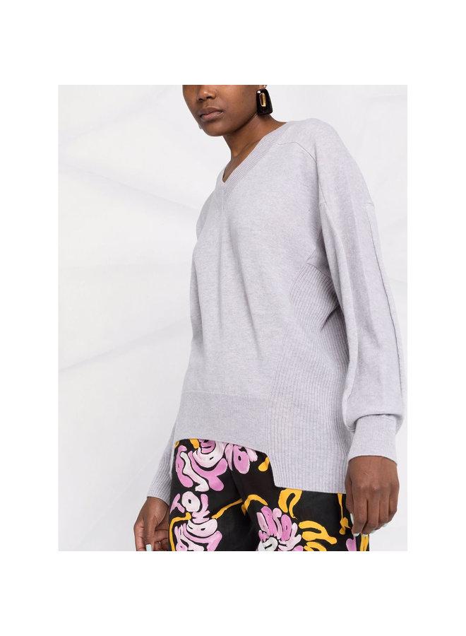 V-neck Knitted Sweater in Grey Melange