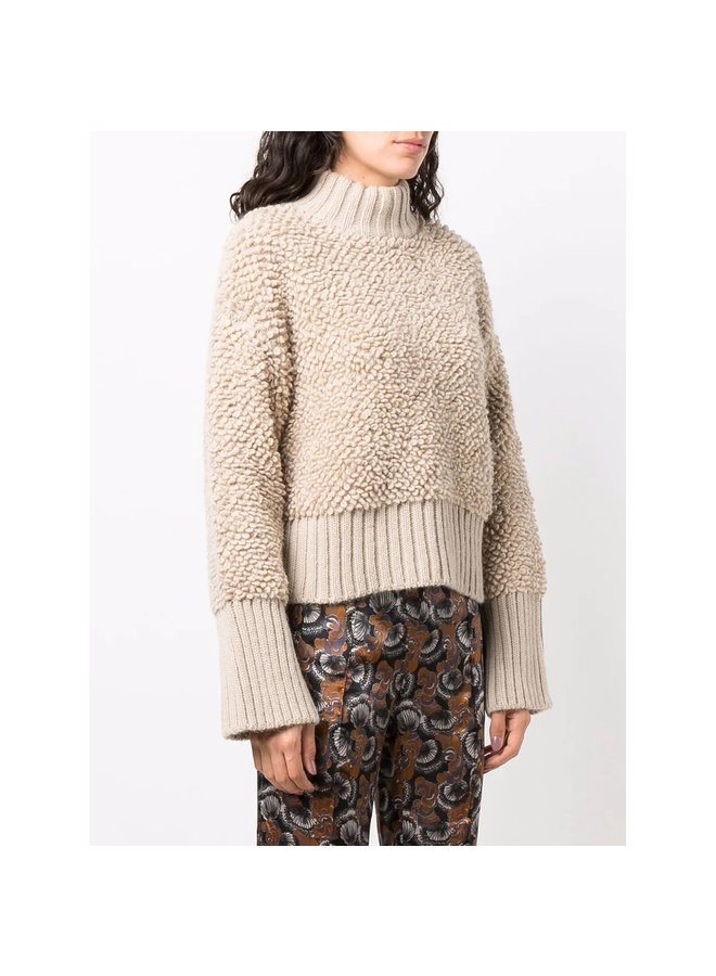 Oversized Chucky Knitted Sweater in Beige