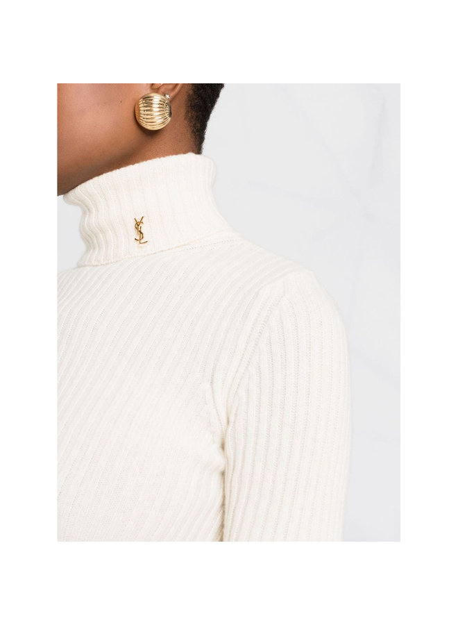 Knitted Turtleneck Top in Natural