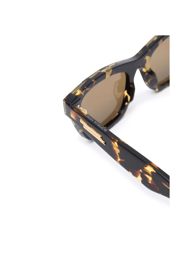 Cat Eye Frame Sunglasses in Havana/Brown