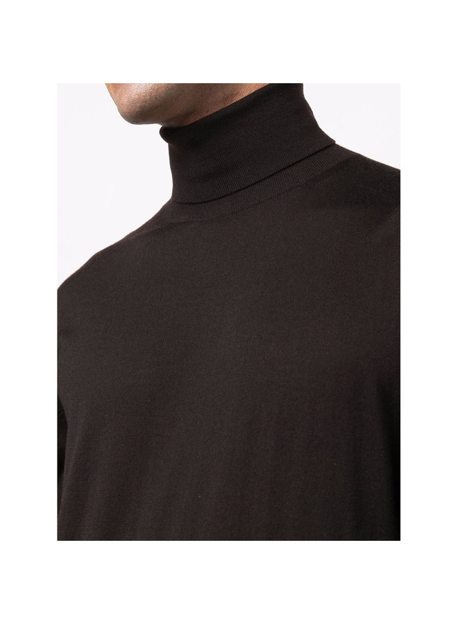 Turtleneck Sweater in Dark Chocolate