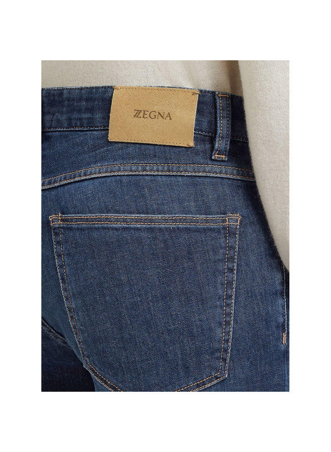 Slim Fit Jeans in Washed Blue