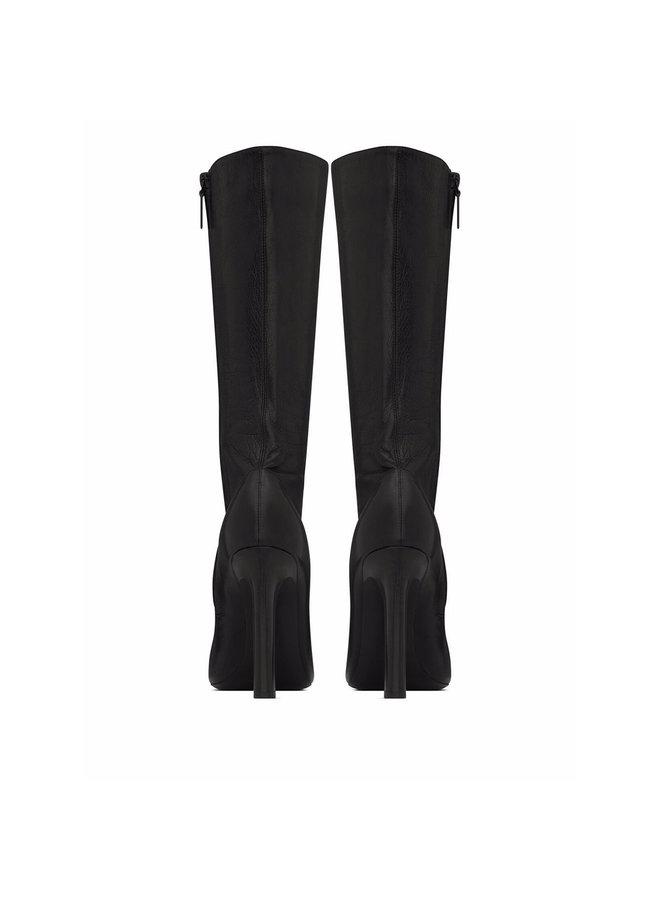 Knee High-Heel Boots in Black