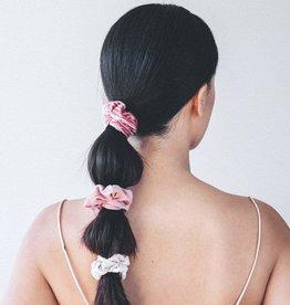 /KIT•SCH/ Velvet Scrunchies