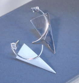 Retro triangle shapes sterling silver post earring