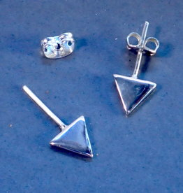 Small sterling triangle earring -perpendicular facing