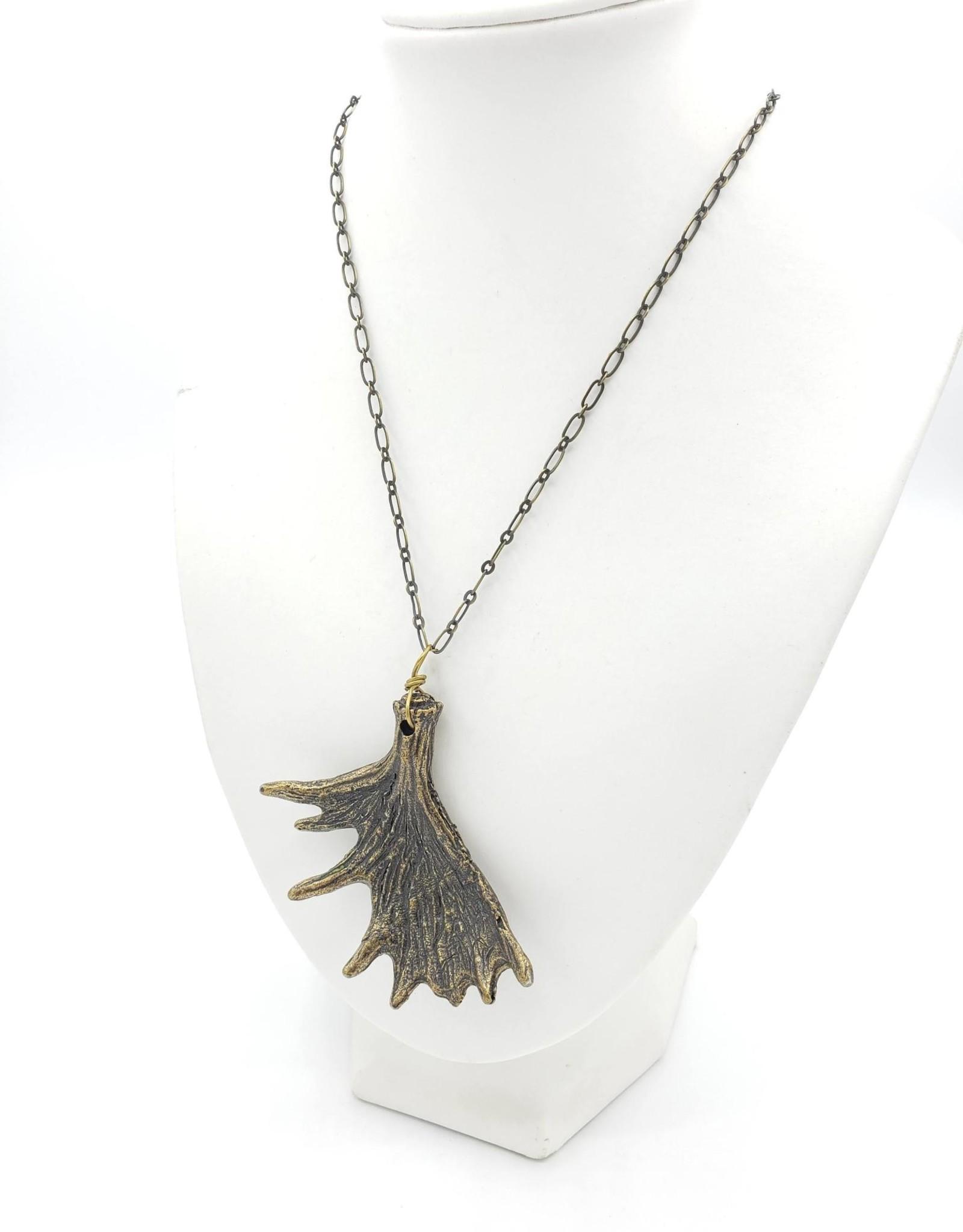 Flea Market Girl Elk antler necklace - by Flea Market Girl