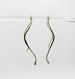 Peter James Jewelry Curved ribbon Goldfill wire Earring, hammered & twisted