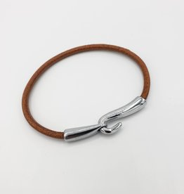 """Hook up"" Leather Bracelet"