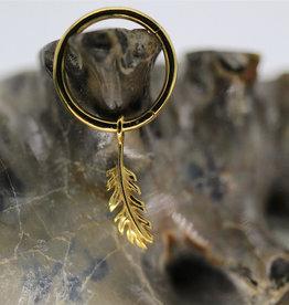 Auris YG Feather Charm