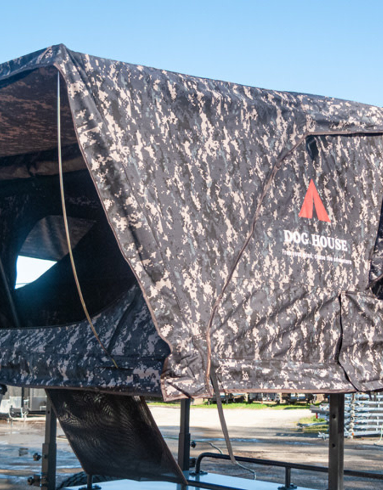 DogHouse Delta Tent