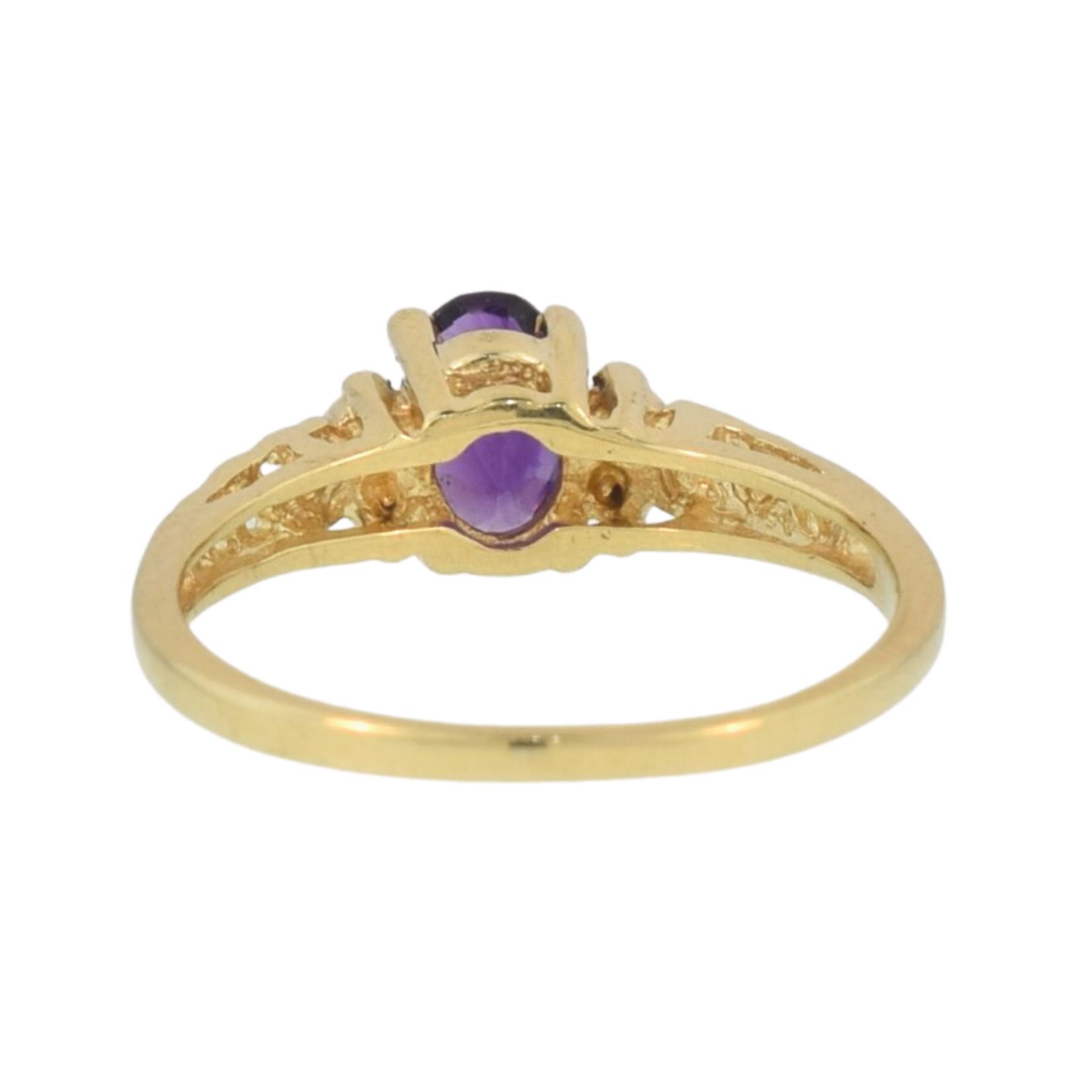 Estate/ 10KY/ Scroll Design/ Oval Purple/ 4 Dia