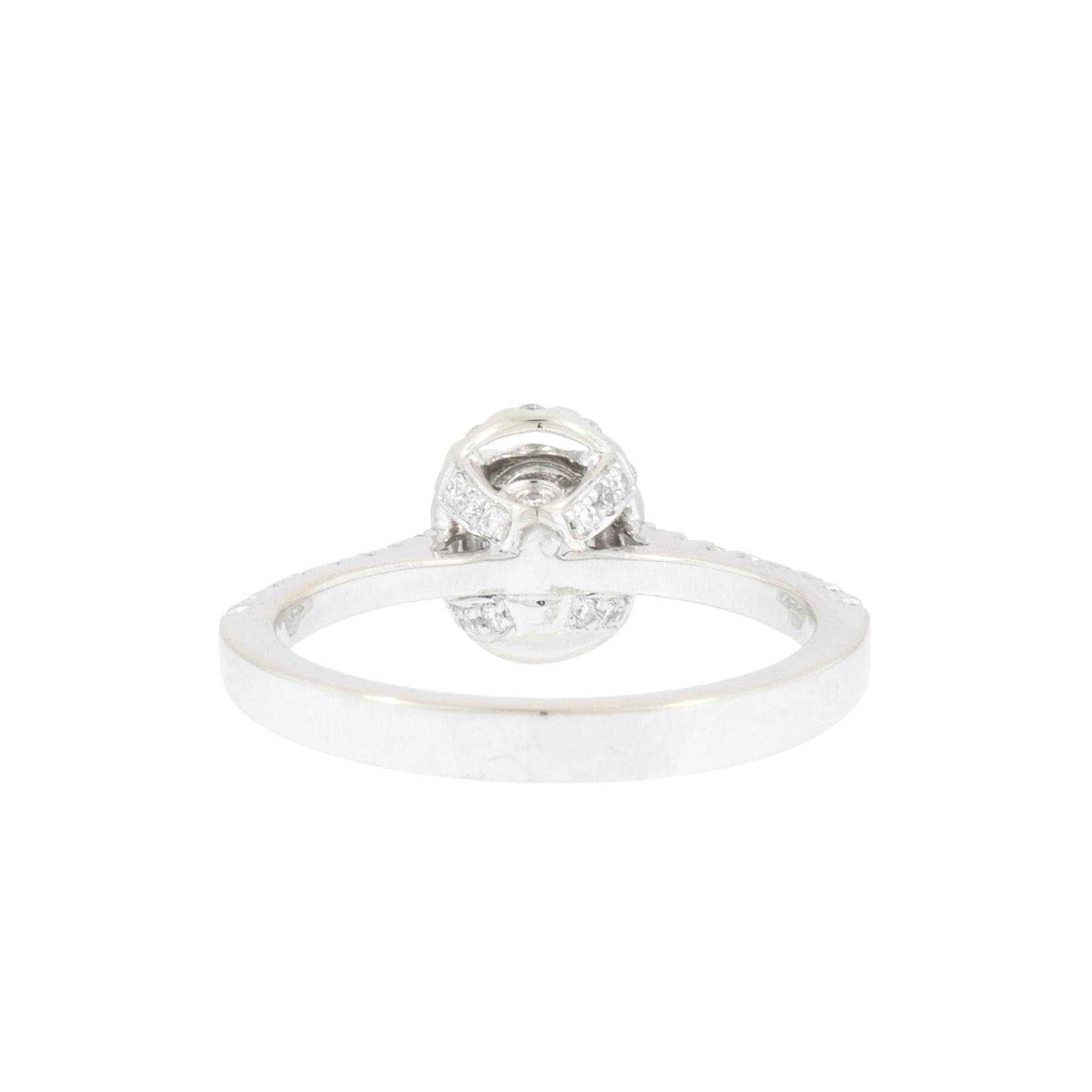 Oval Halo Diamond Engagement Ring