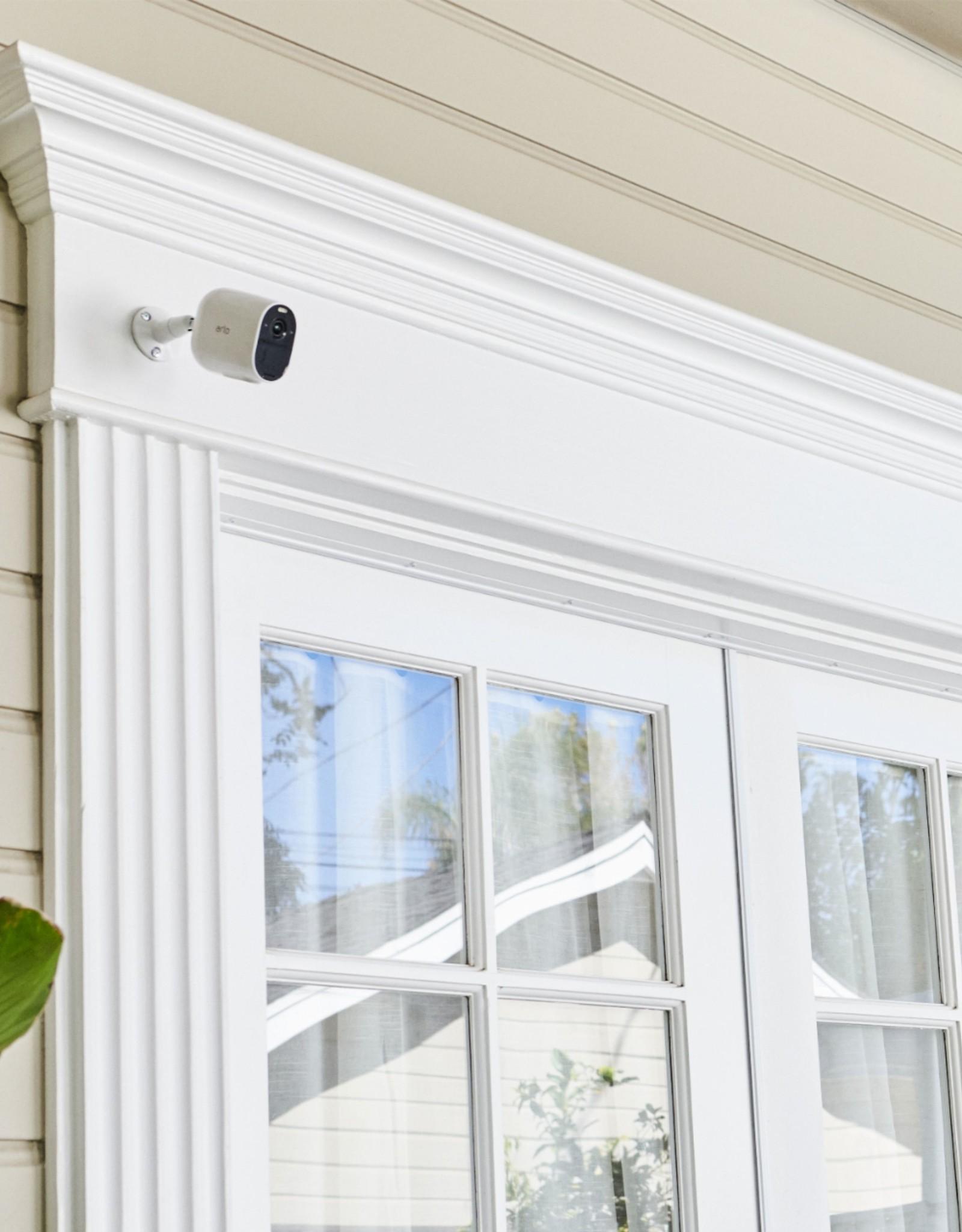Arlo Arlo - Essential Spotlight Camera – Indoor/Outdoor Wire-Free 1080p Security Camera (3-pack) - White