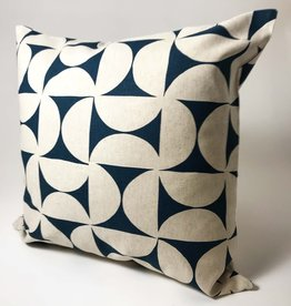 PILLOW COVER 20x20 BLUE PINWHEEL