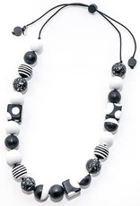 B/W ADINA NECKLACE