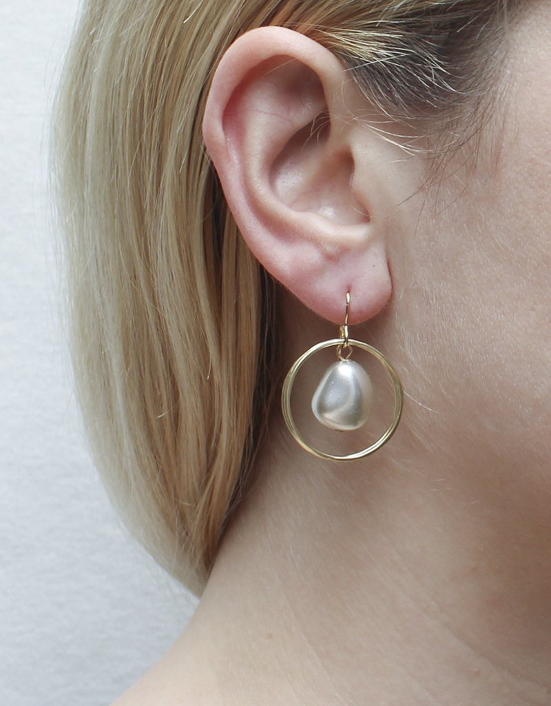 DOUBLE GOLD HOOP WITH LARGE PEARL