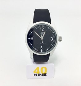 TIME MACHINE, WHITE CASE,BLACK SILICONE RUBBER STRAP WHITE BUCKLE