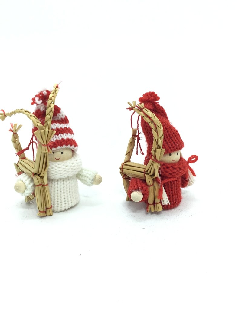 RED AND  WHITE PIXIE WITH STRW GOAT ORNAMENT