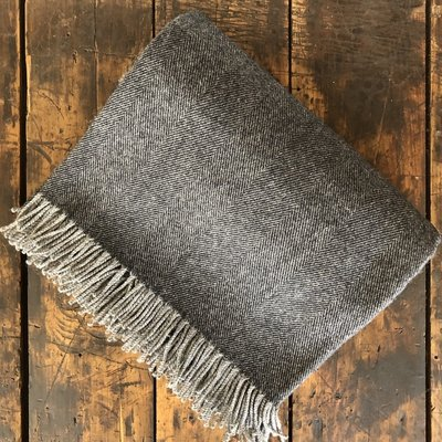 Lambswool Throw Graphite
