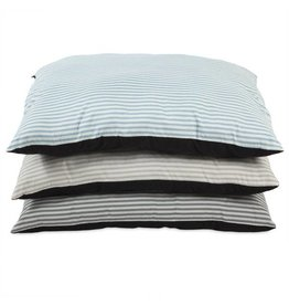 "Petmate Petmate Aspen Plaid Rectangular Pillow Bed - 27""x36"""