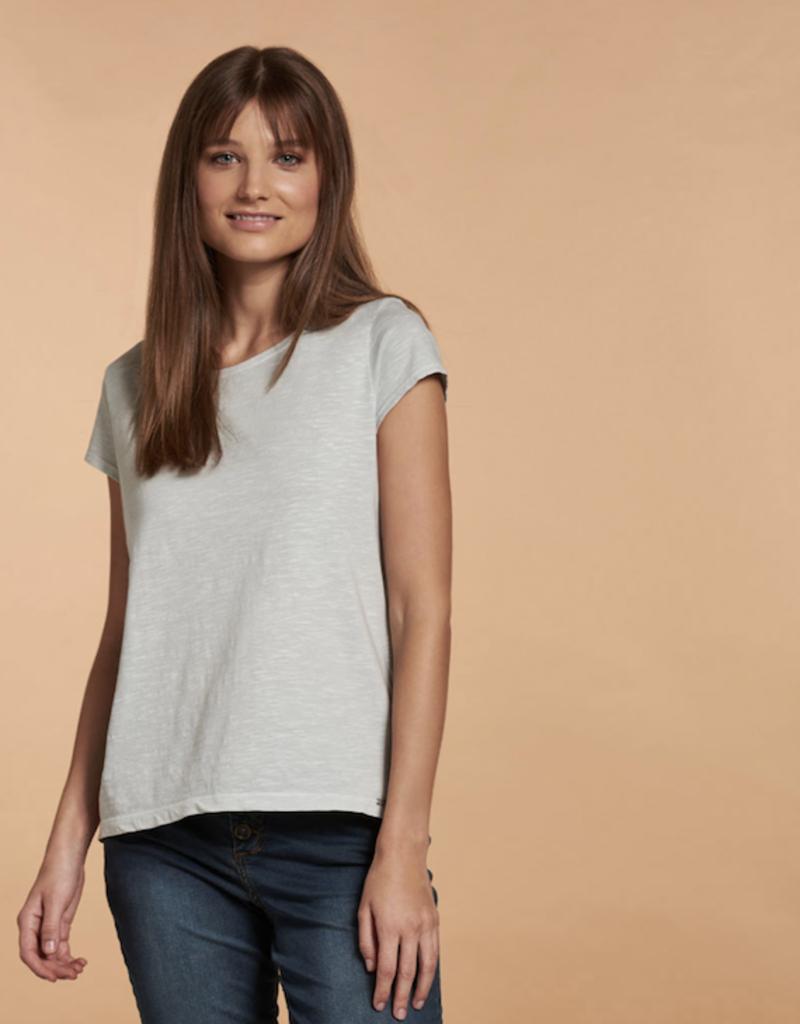 Nile Nile Essential T-Shirt
