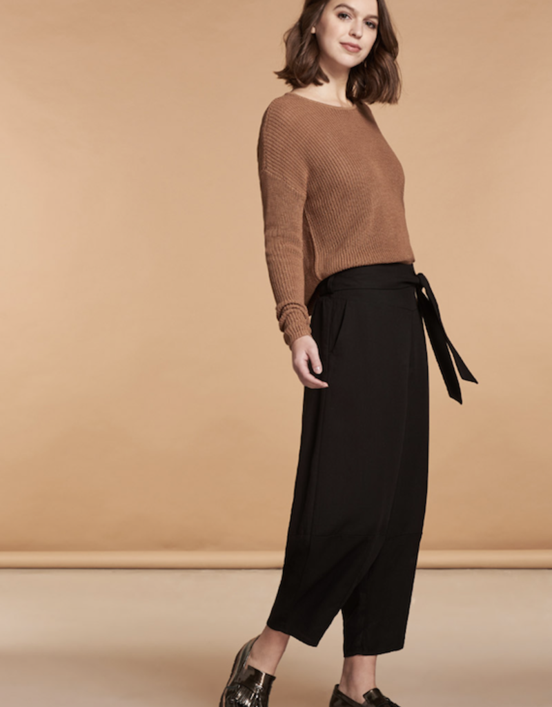 Nile Crepe Ankle Pant
