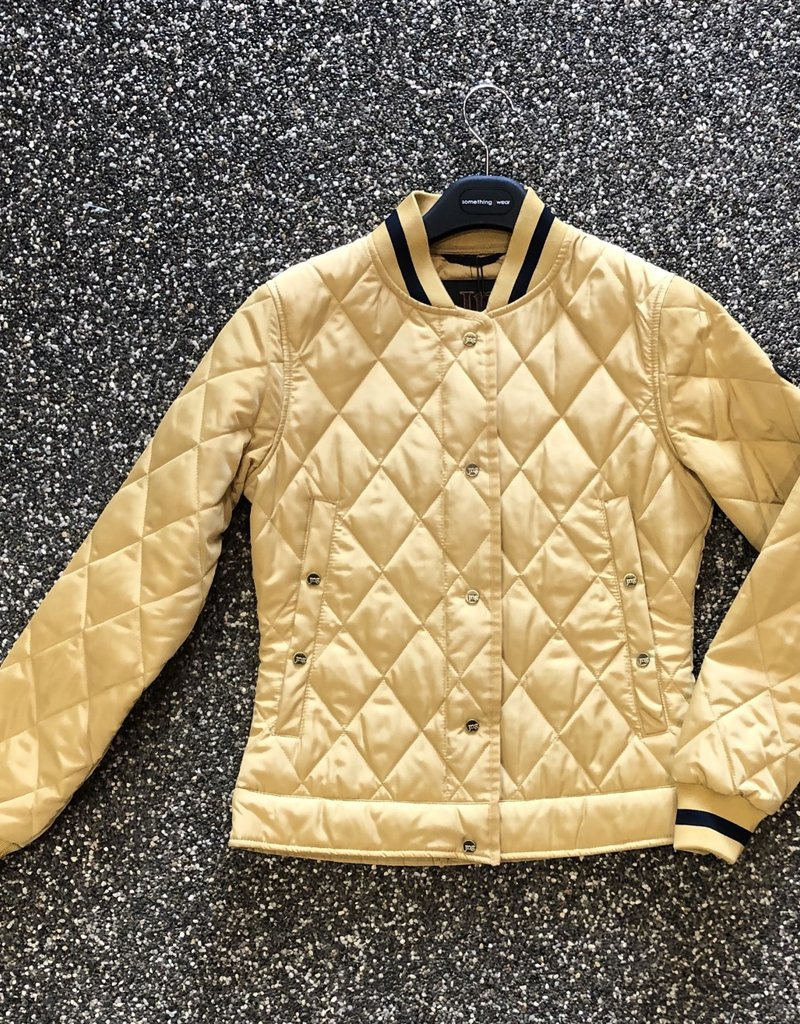 Junge Quilted Bomber w/ Trim