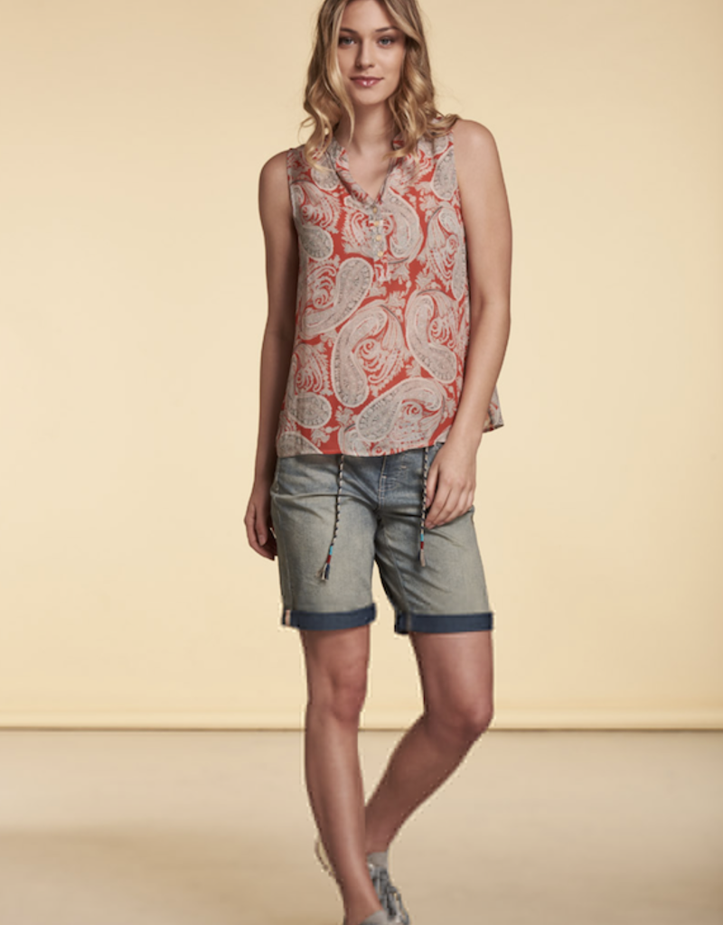 Nile Sleeveless V Neck Blouse