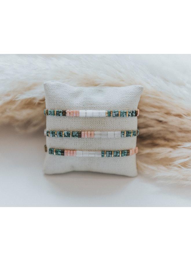 Stretchy Beaded Stripes Bracelet - Turquoise, Pink, White