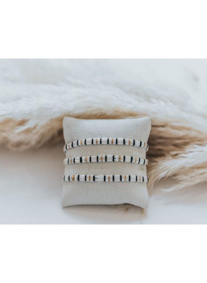 Stretchy Beaded Stripes Bracelet - White, Gold, Black