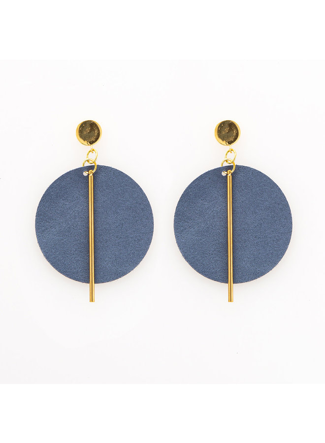Leather Circle w/ Brass Stick Earrings Navy
