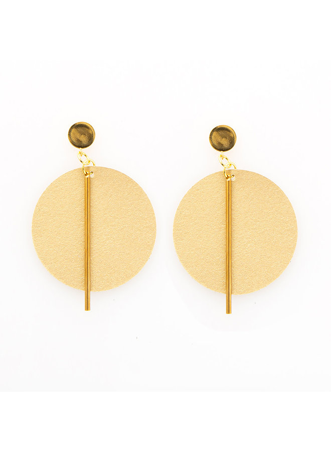 Leather Circle w/ Brass Stick Earrings Gold