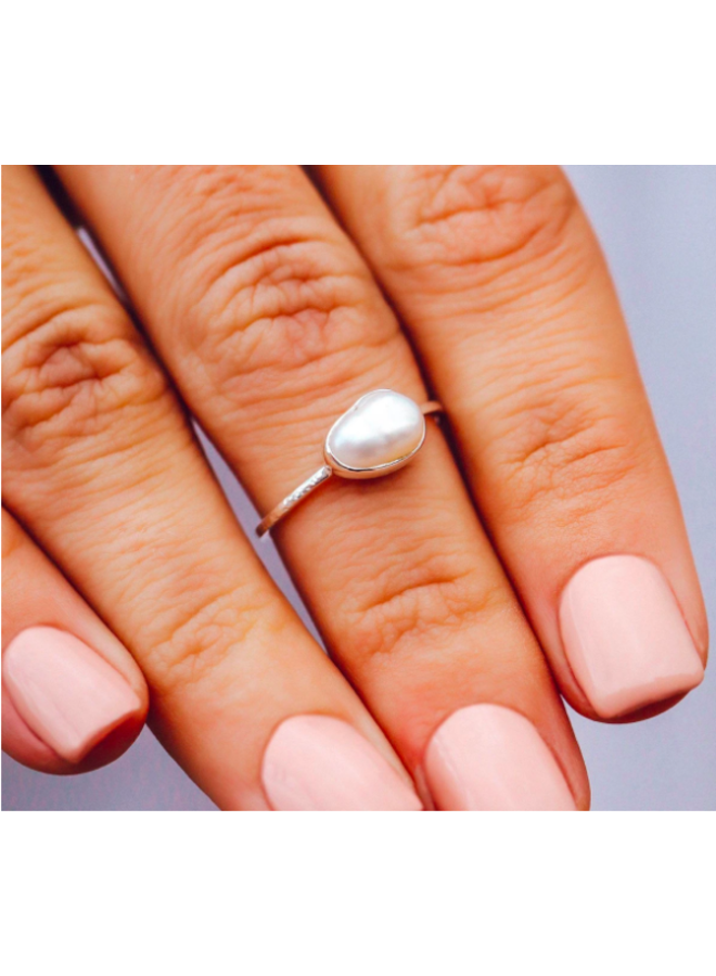 Pura Vida - Pretty in Pearl Ring Silver