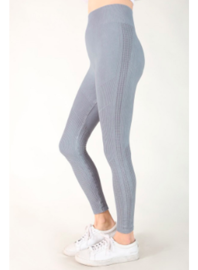 Seamless Legging w/ Distressed Pattern - Bluestone - Nikibiki