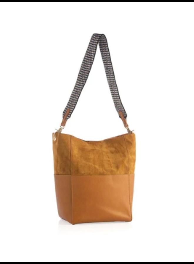 Ellie Bucket Bag w/ Guitar Strap - Honey