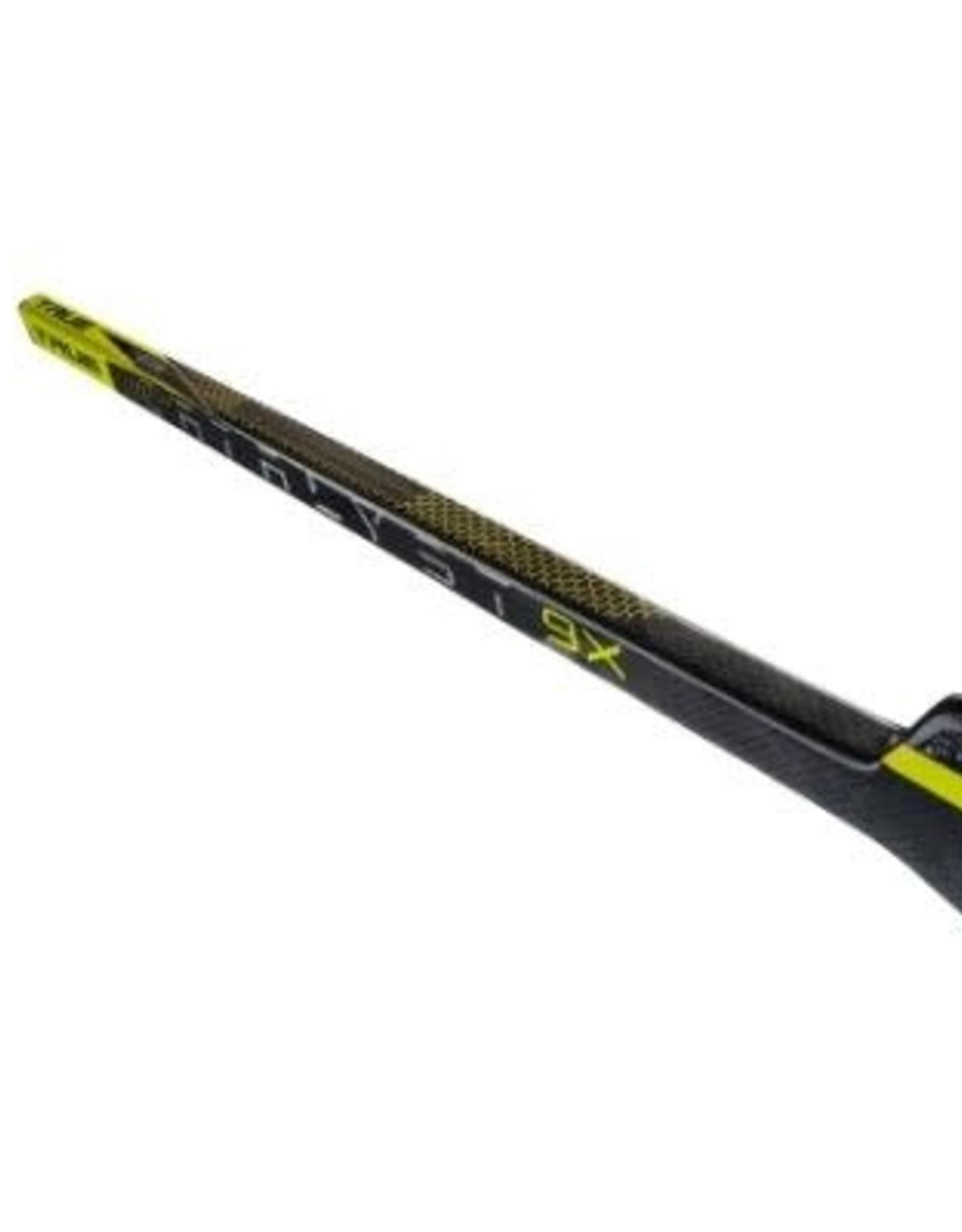 TRUE TRUE Catalyst 9X Black Goalie Composite Stick (SENIOR)