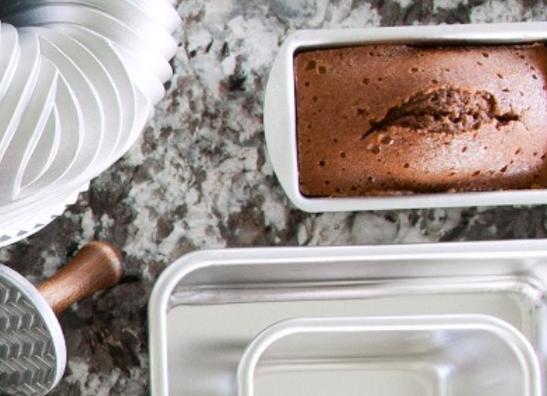 Bakeware & Baking Essentials