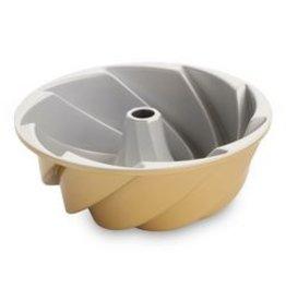 Nordic Ware Heritage Bundt Pan, Gold, 10 cup