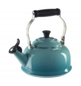 Le Creuset Whistling Tea Kettle 1.8oz - Caribbean